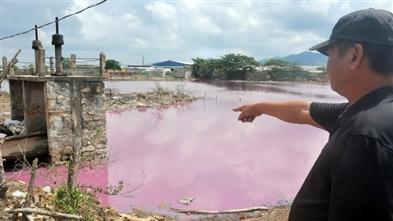 Bà Rịa Vũng Tàu : Loay hoay tìm cách ngăn nước xả thải chảy ra sông Chà Và
