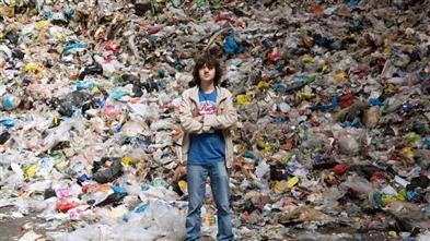 Sinh viên Hà Lan với hệ thống dọn rác trên biển